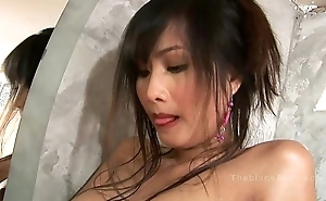 Alexa Kee masturbating in the bath