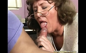 my sexy horny mom