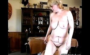 Sex-crazed mature mom all over big tits fucking