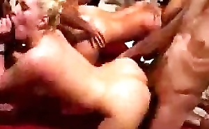 Nasty Bitches Engulfing and Shafting Parathetic Dudes