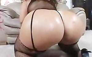 racy arab booty