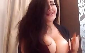 Pregnant Arab cam girl 2