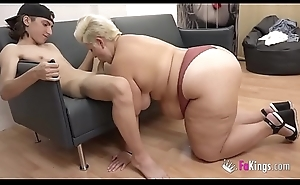 An enormous BBW be fitting of rub-down the little guy Filipe