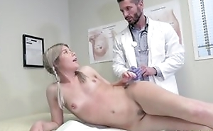 Youthful peaches girl seduces doctor to hardcore carnal knowledge and blowjob