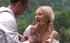 Amazing country girl acquires nicely fucked in the field