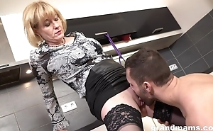 Cock-loving housewife encircling racy melons banged helter-skelter the kitchen