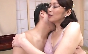 Japanese housewife with glasses gets fucked baloney deep