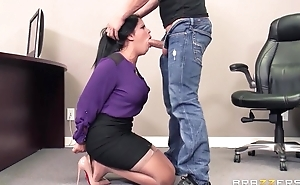 Tanned latina yon big tits gets drilled hard in Brazzers office