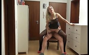 Amateur German MILF serves lover's pierce in POV