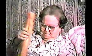 Gisele 74 ans Grosse Salope Avec Lassie Gode