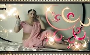 Chodoge to roti paka dungi - Grown-up Hindi song (MalluFmRadio.Com) (Low)